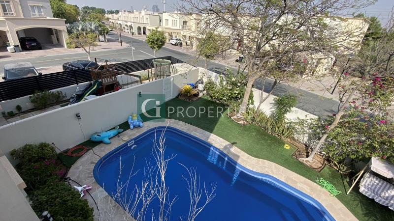 Luxuious 3E Villa | Spacious Garden | Custom Pool
