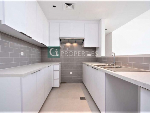VACANT UNIT FOR RENT  BRAND NEW  JUST HANDED OVER